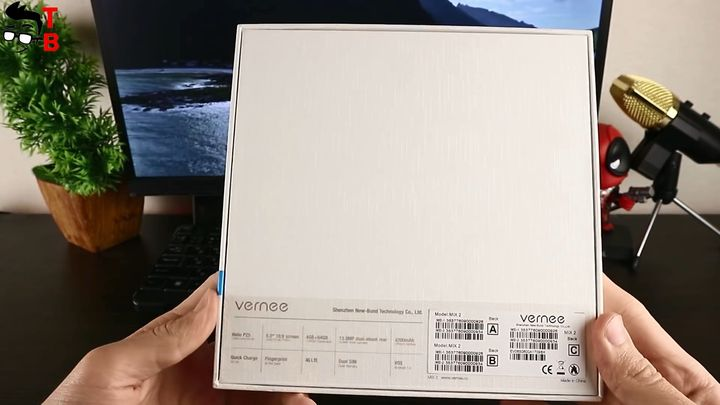 Vernee Mix 2 Review: Back Box