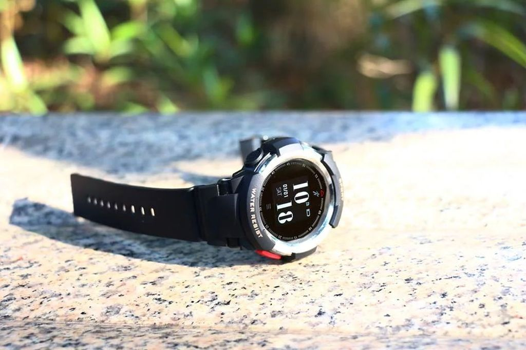 No.1 F6 First Review: IP68 SmartWatch with 50 days of Battery Life