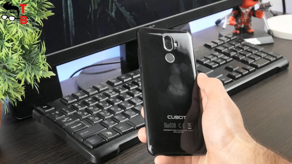 Cubot X18 Plus REVIEW design back panel