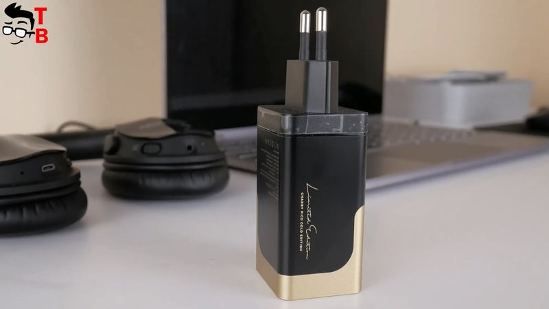 Charby Pico Gold REVIEW: This 65W Charger Has 3 Ports!