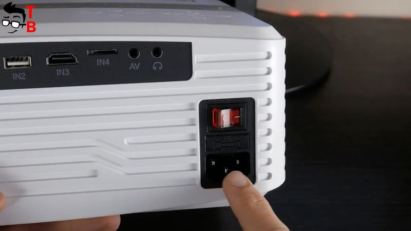 DR.J Professional AK-40 REVIEW: This Full HD Projector Is Very Bright!