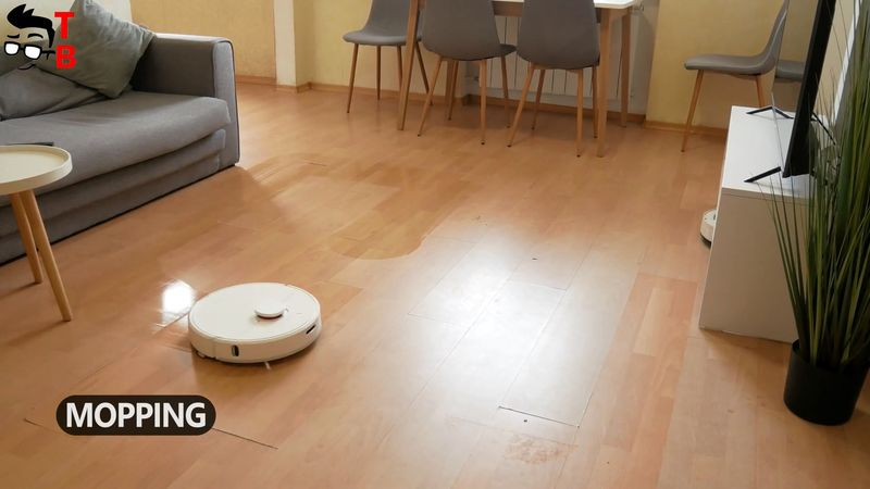 Dreame D9 REVIEW: Should You Buy This Robot Vacuum Cleaner in 2021?