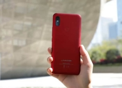 UMIDIGI F1 First REVIEW: $200 is Too Cheap For This Phone!